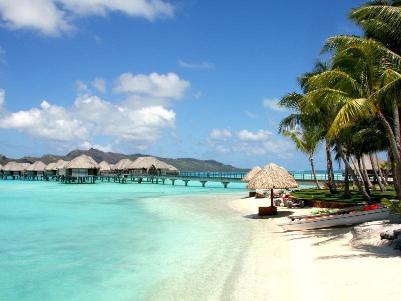 Bild zu Baden auf Bora Bora