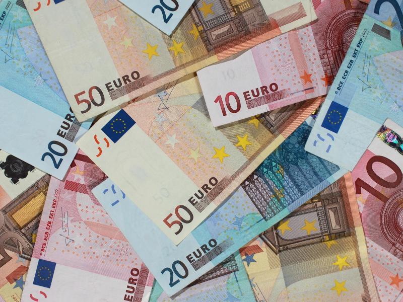 Bild zu Euroscheine