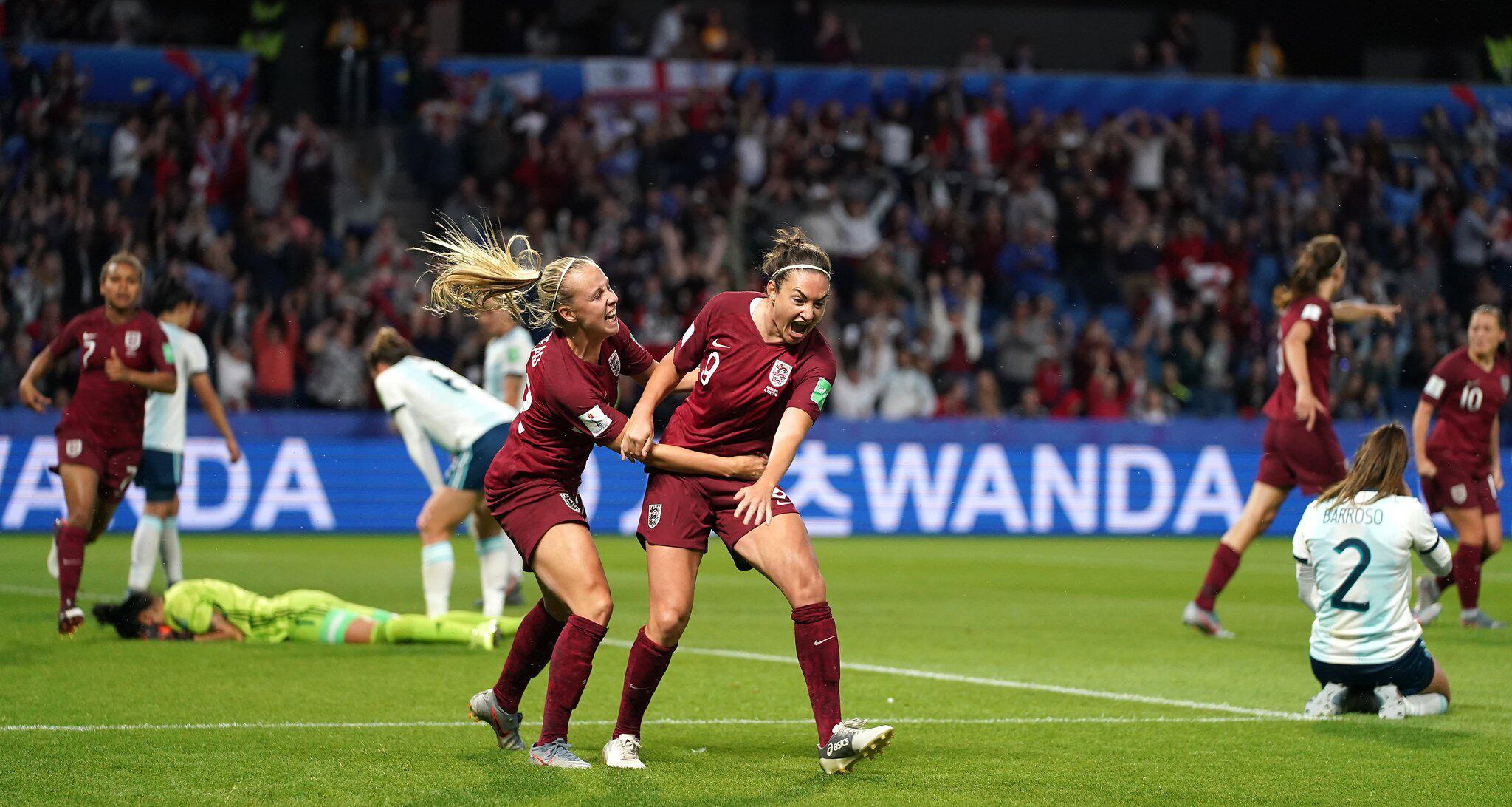 Bild zu Frauenfußball-WM - England - Argentinien