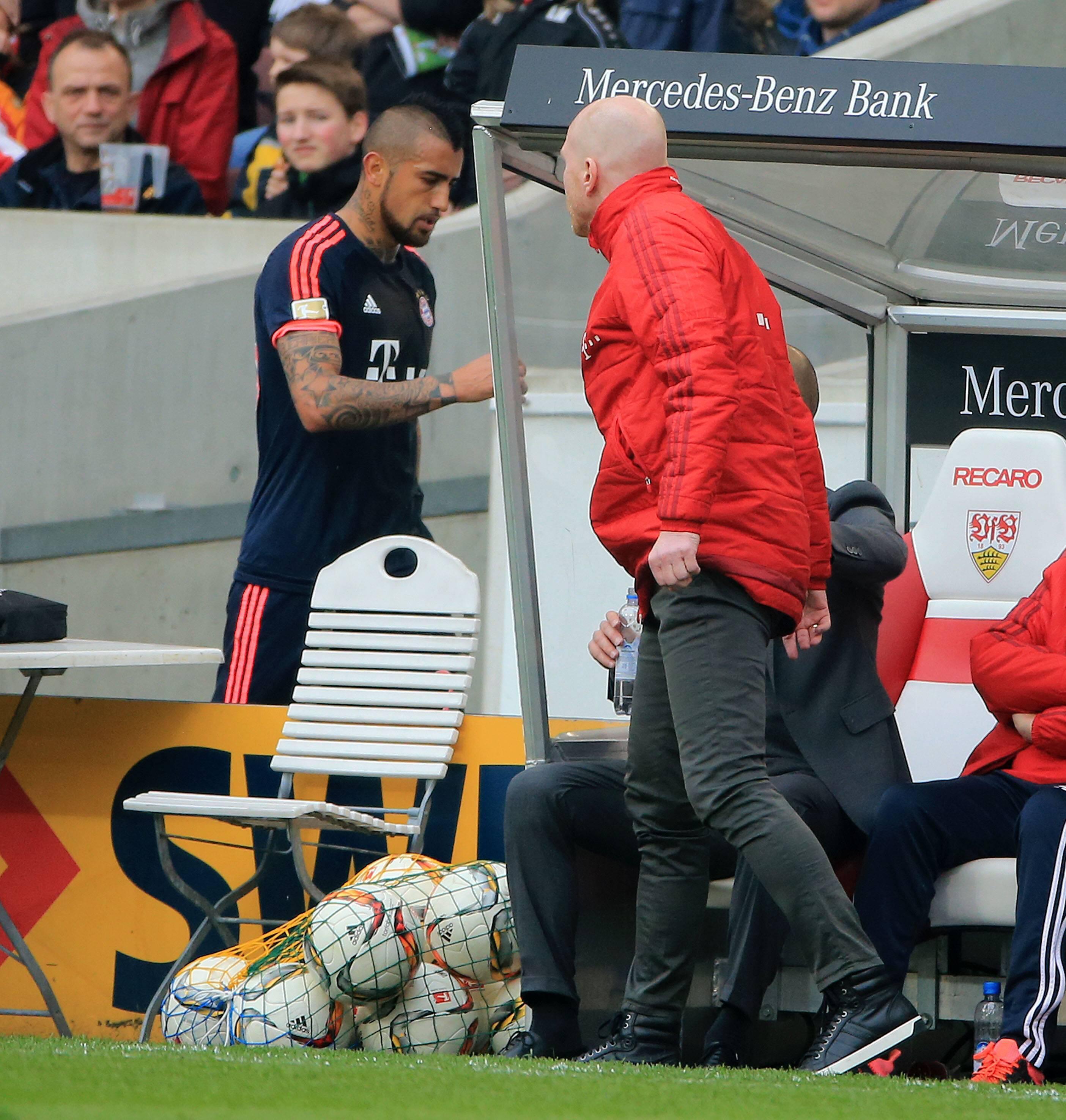Bild zu FC Bayern, Arturo Vidal, Matthias Sammer