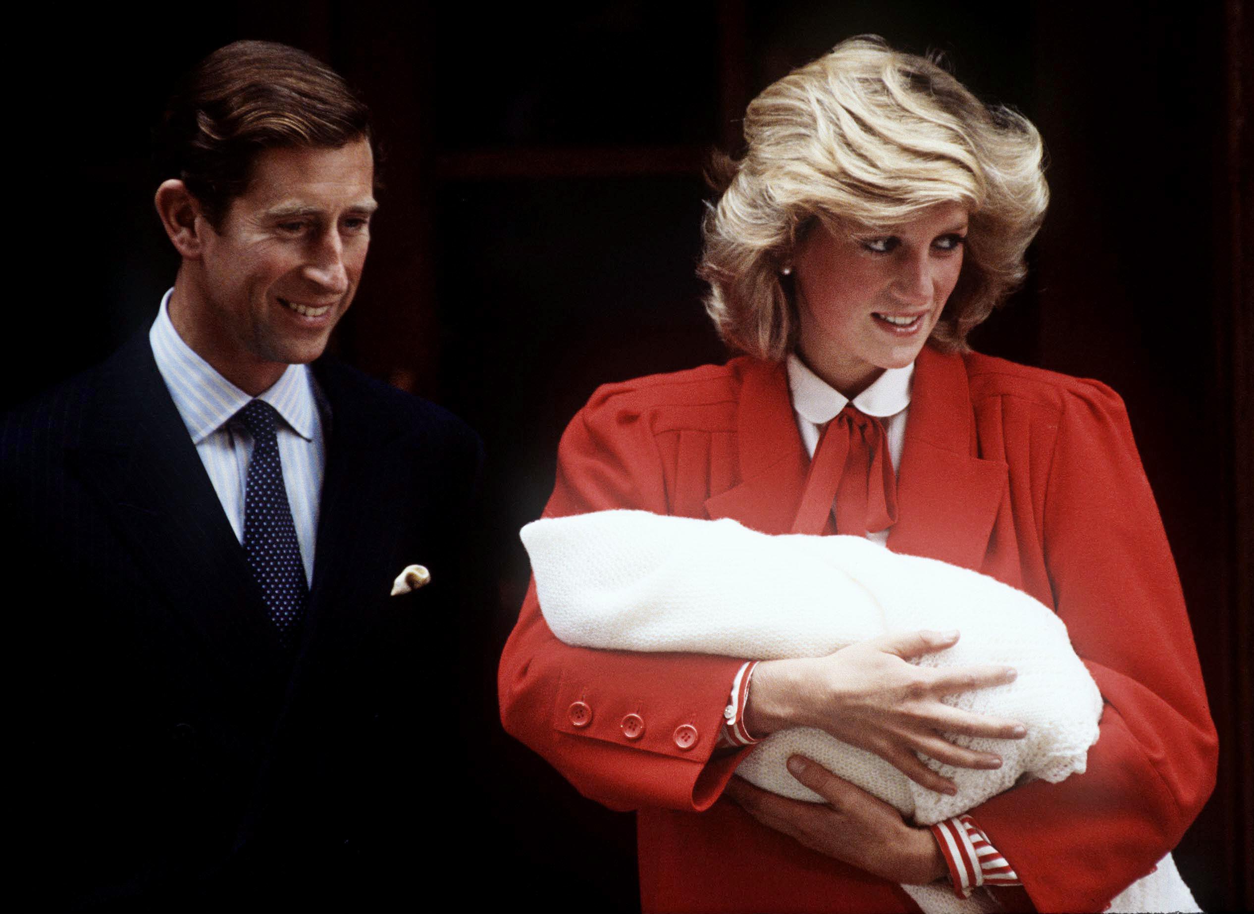 Bild zu Prinz Charles, Prinzessin Diana, Prinz Harry