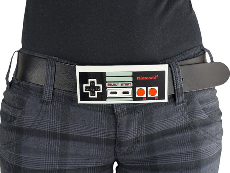 Bild zu NES-Controller-Gürtelschnalle