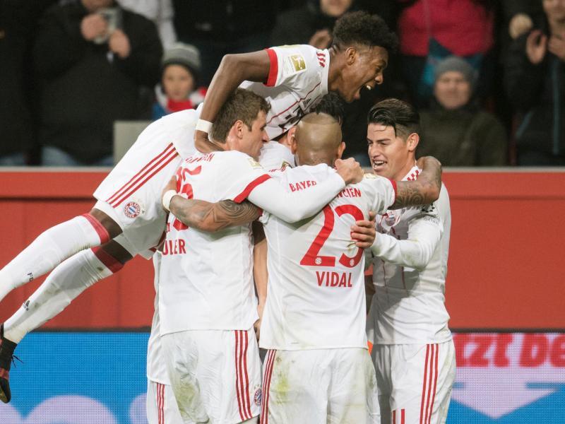 Bild zu FC Bayern dominant