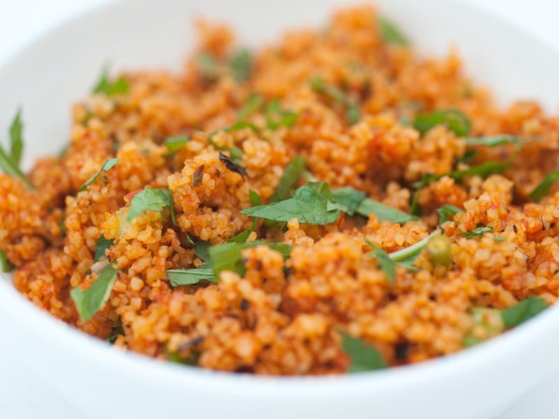 Bild zu Bulgur schmeckt kräftiger als Couscous