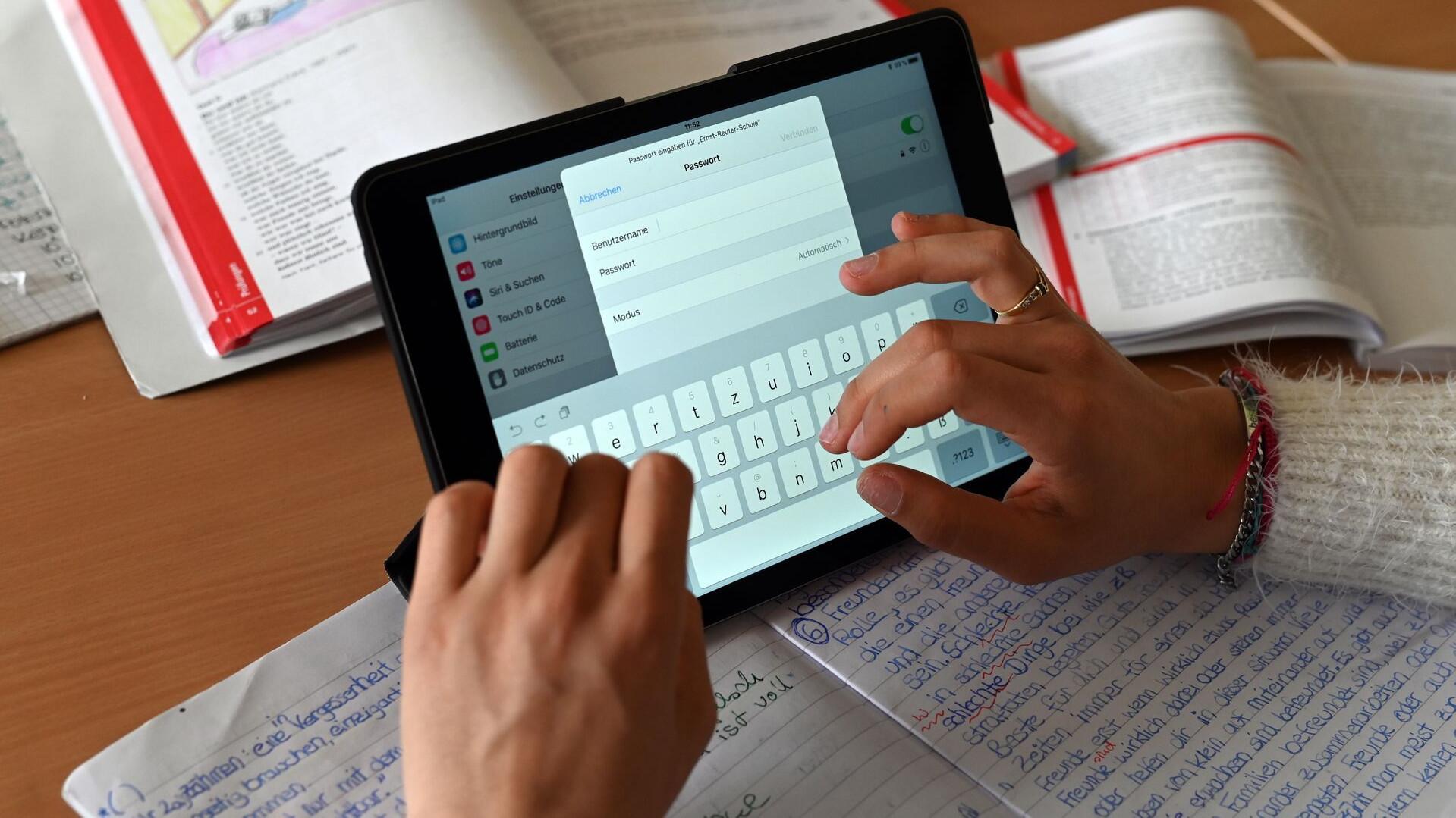 Bild zu Tablets im Schulunterricht