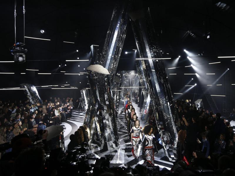 Bild zu Paris Fashion Week - Louis Vuitton