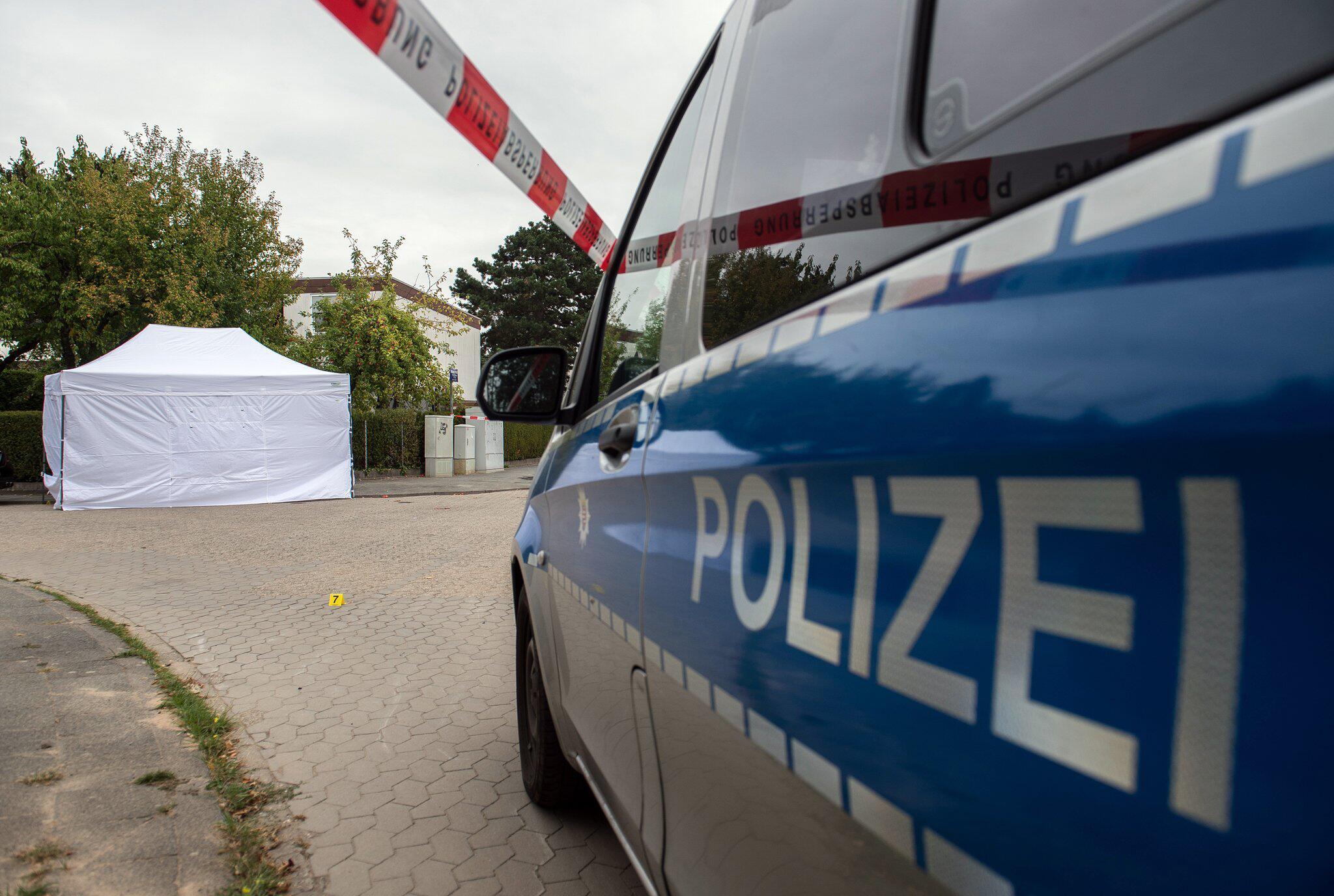 Bild zu Tote Frau auf Straße in Darmstadt aufgefunden