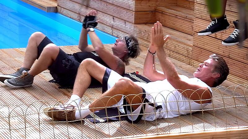 Bild zu Martin Semmelrogge und David Hasselhoff treiben Sport