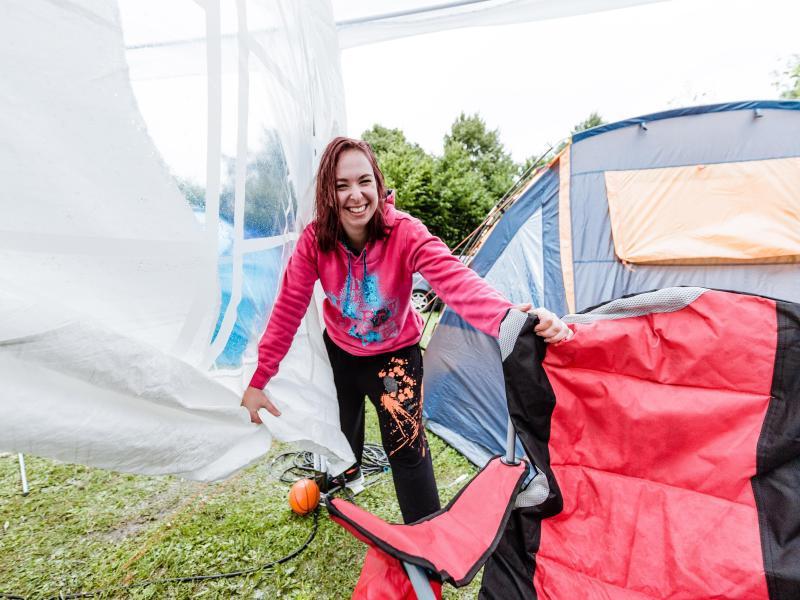 Bild zu Zelt festhalten
