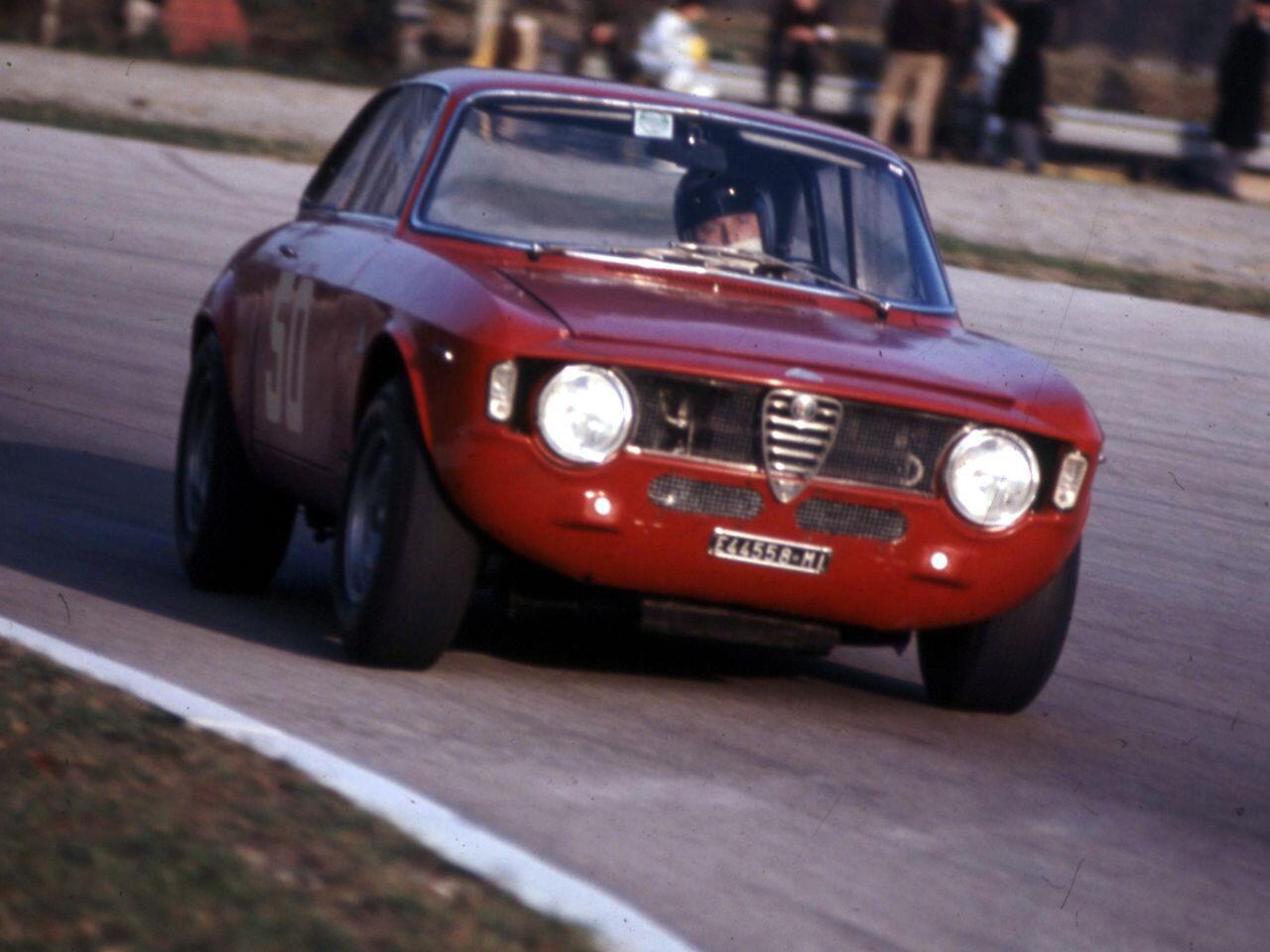 Bild zu Alfa Romeo Giulia Sprint GTA