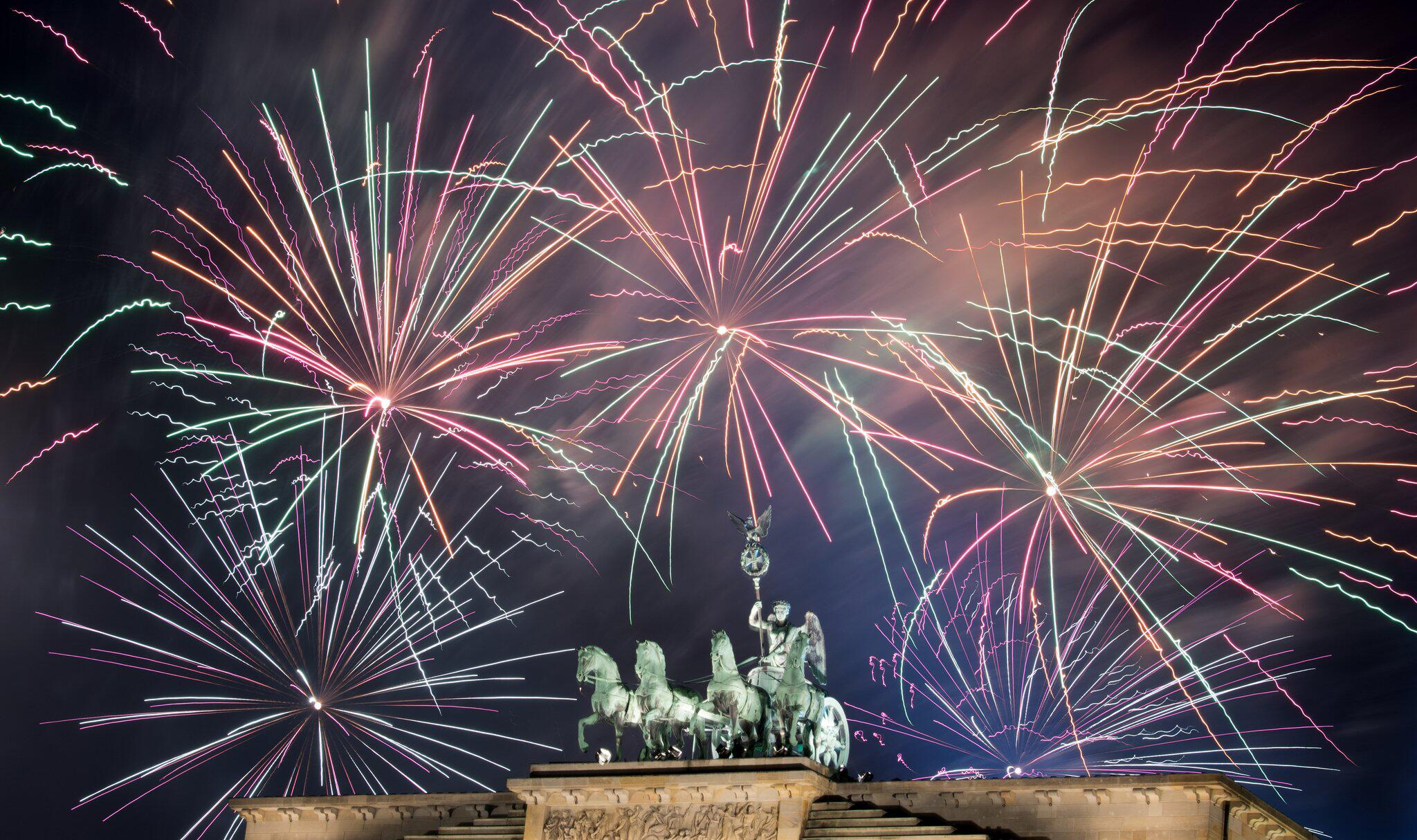 Bild zu Silvesterfeuerwerk