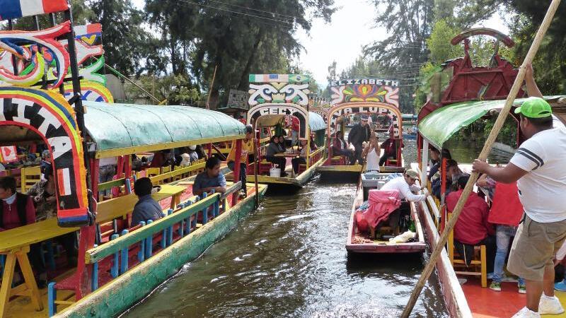Auf den Kanälen von Xochimilco