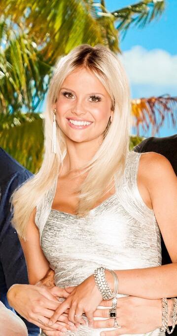 Nackt Stephanie Schmitz  41 Sexiest