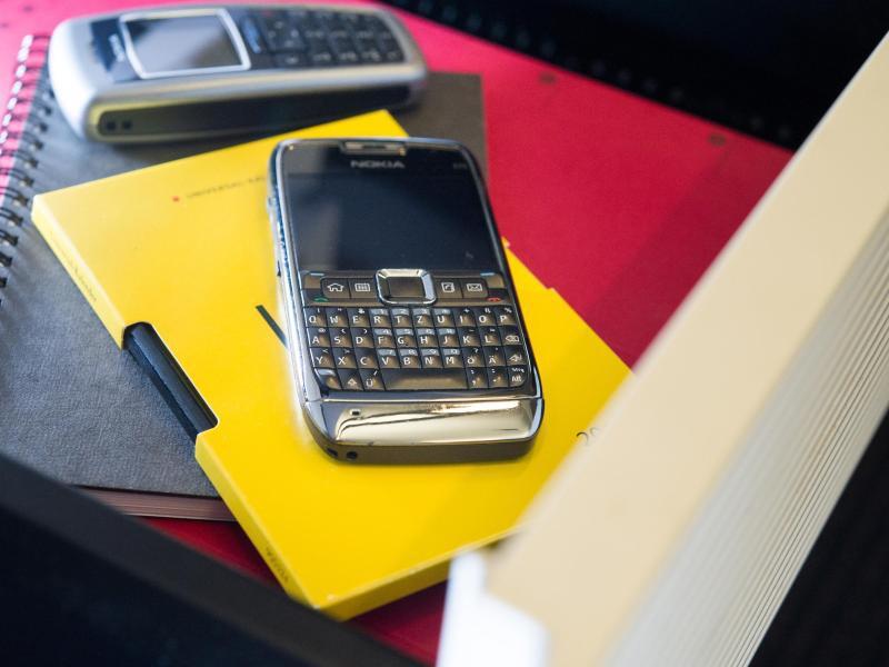Wer Kauft Alte Handys