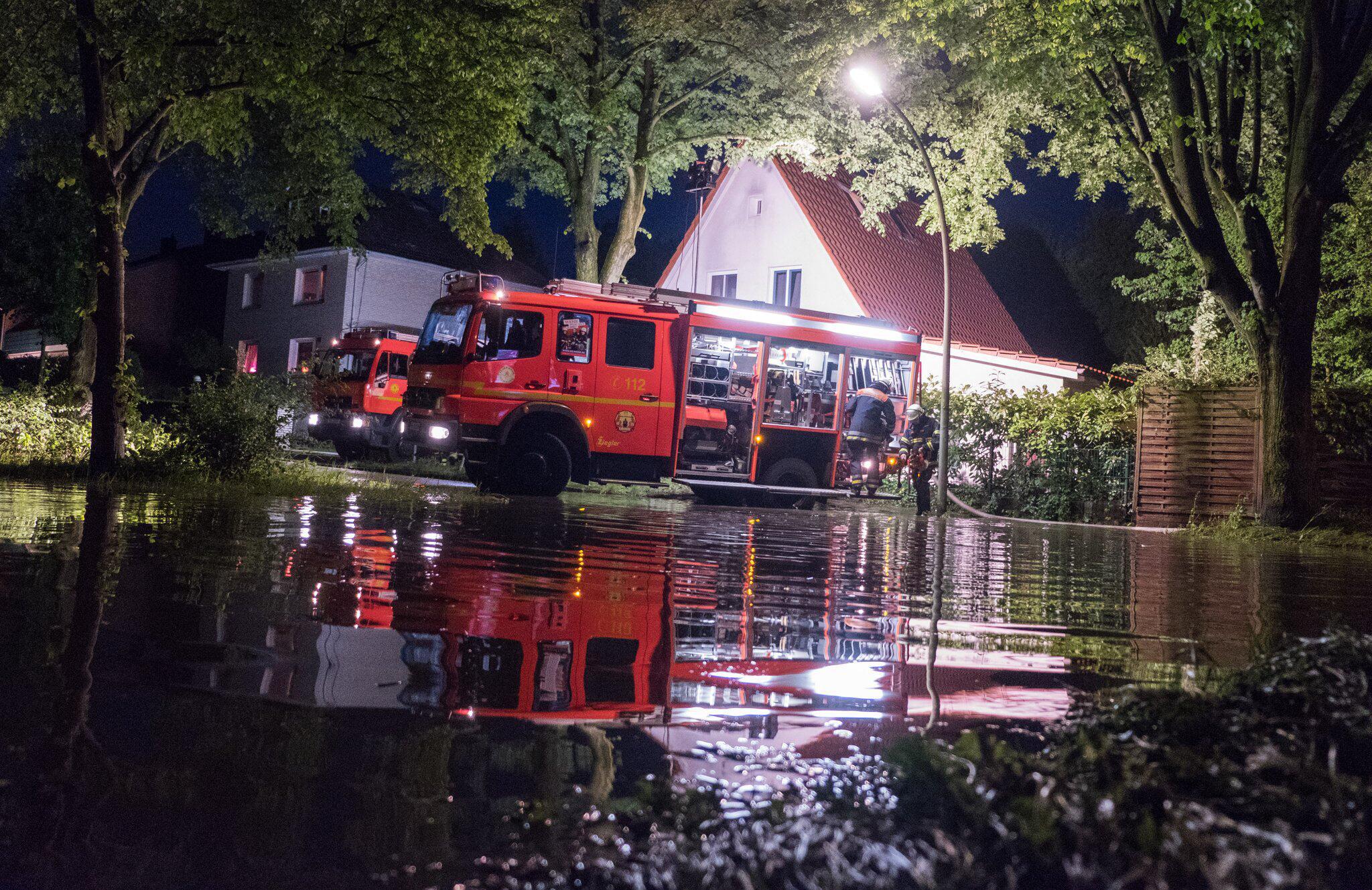 Bild zu Unwetter in Hamburg