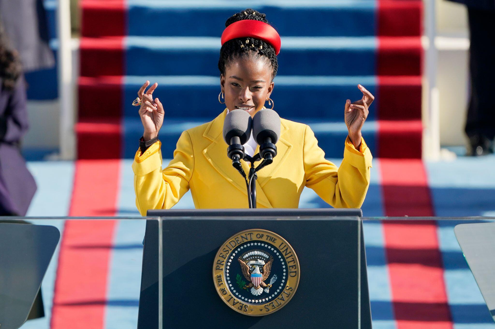 Biden-Angelobung: Junge Dichterin sorgt für Aufsehen