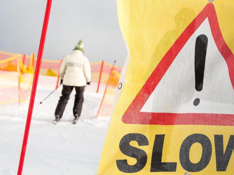 Bild zu Skiversicherung