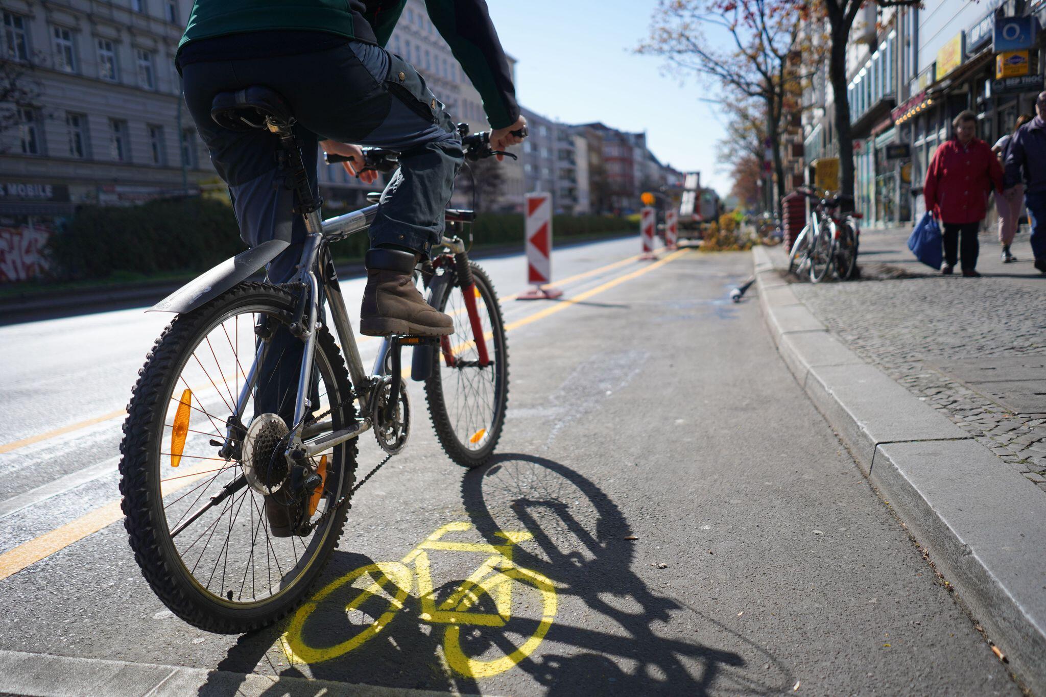 Bild zu Coronakrise - neuer Radverkehrsstreifen Berlin