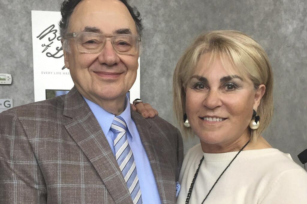 Tod am Pool: Kanadischer Milliardär und Ehefrau in Toronto ermordet ...