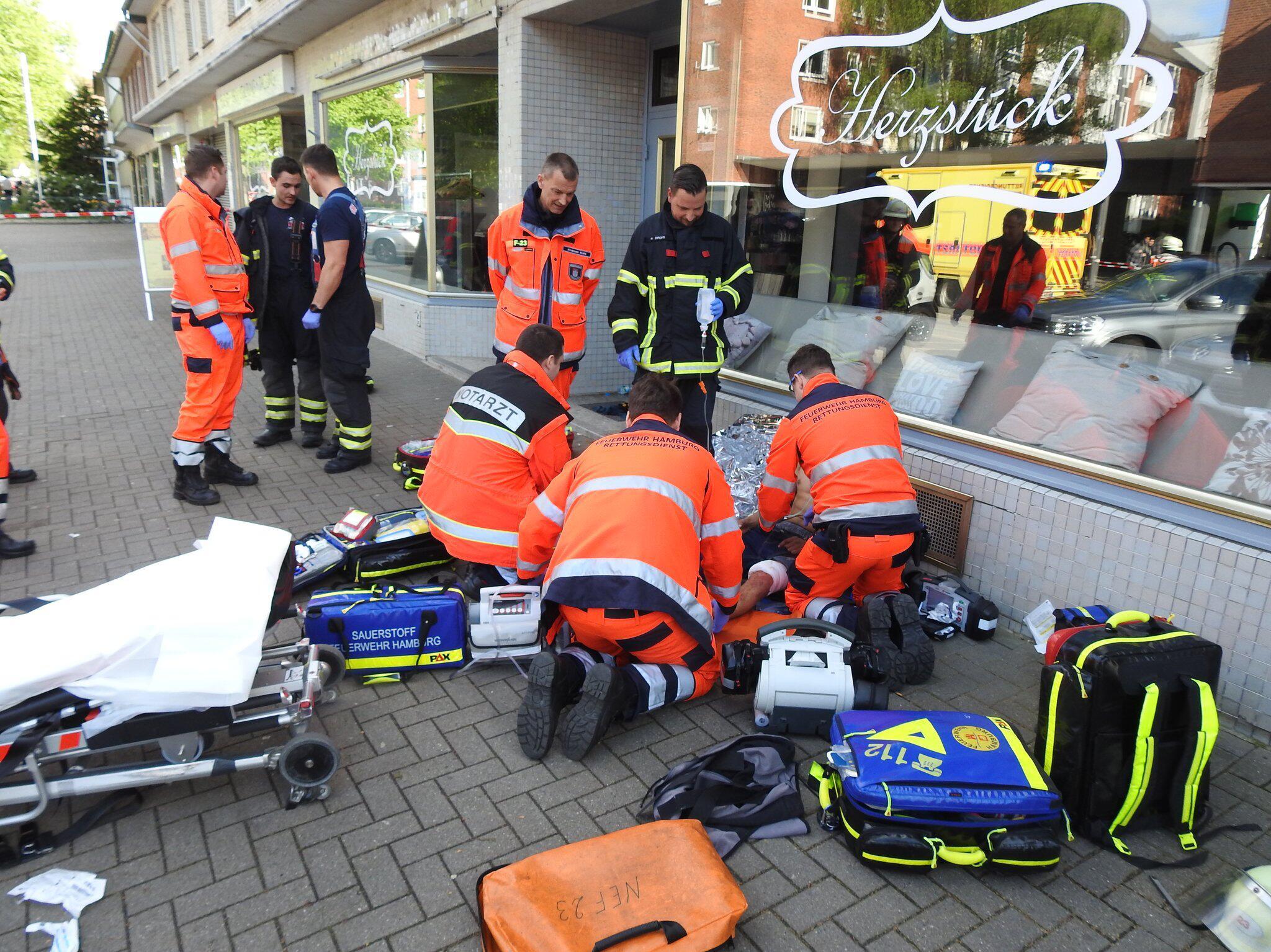 Bild zu Schüsse mit zwei Verletzten in Hamburg