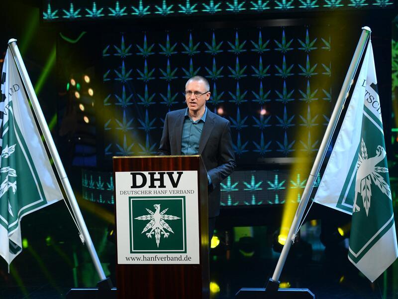 """Bild zu Georg wirbt für Cannabis in der """"Millionärswahl"""""""