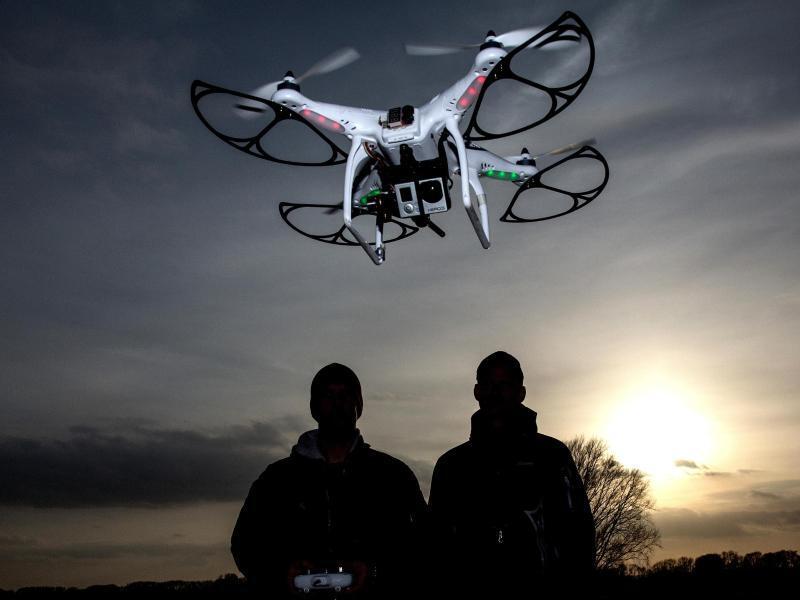 Bild zu Drohne mit Action-Cam