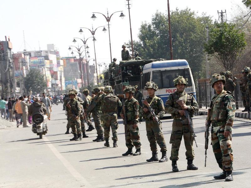 Bild zu Armee in Rohtak