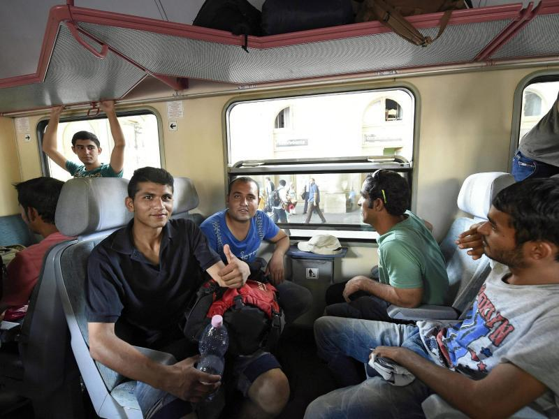 Bild zu Flüchtlinge im Zug