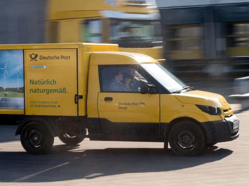Bild zu E-Auto der Post