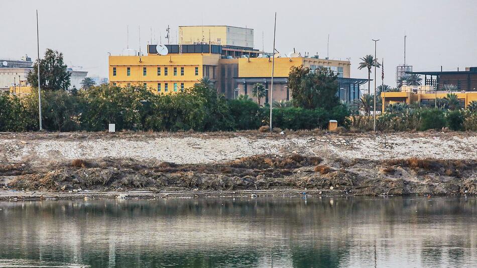 Irak: Gelände der US-Botschaft in Bagdad von Rakete getroffen