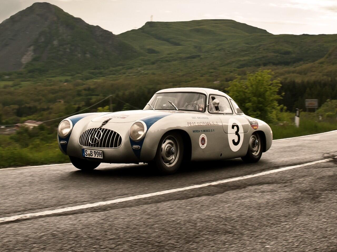 Bild zu Mercedes 300 SL von 1952