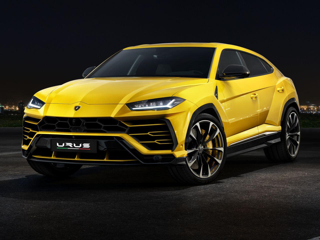 der neue lamborghini urus so kommt das erste super sport. Black Bedroom Furniture Sets. Home Design Ideas