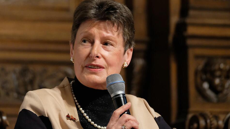 Angela Kane in Hamburg während einer Konferenz 2019.