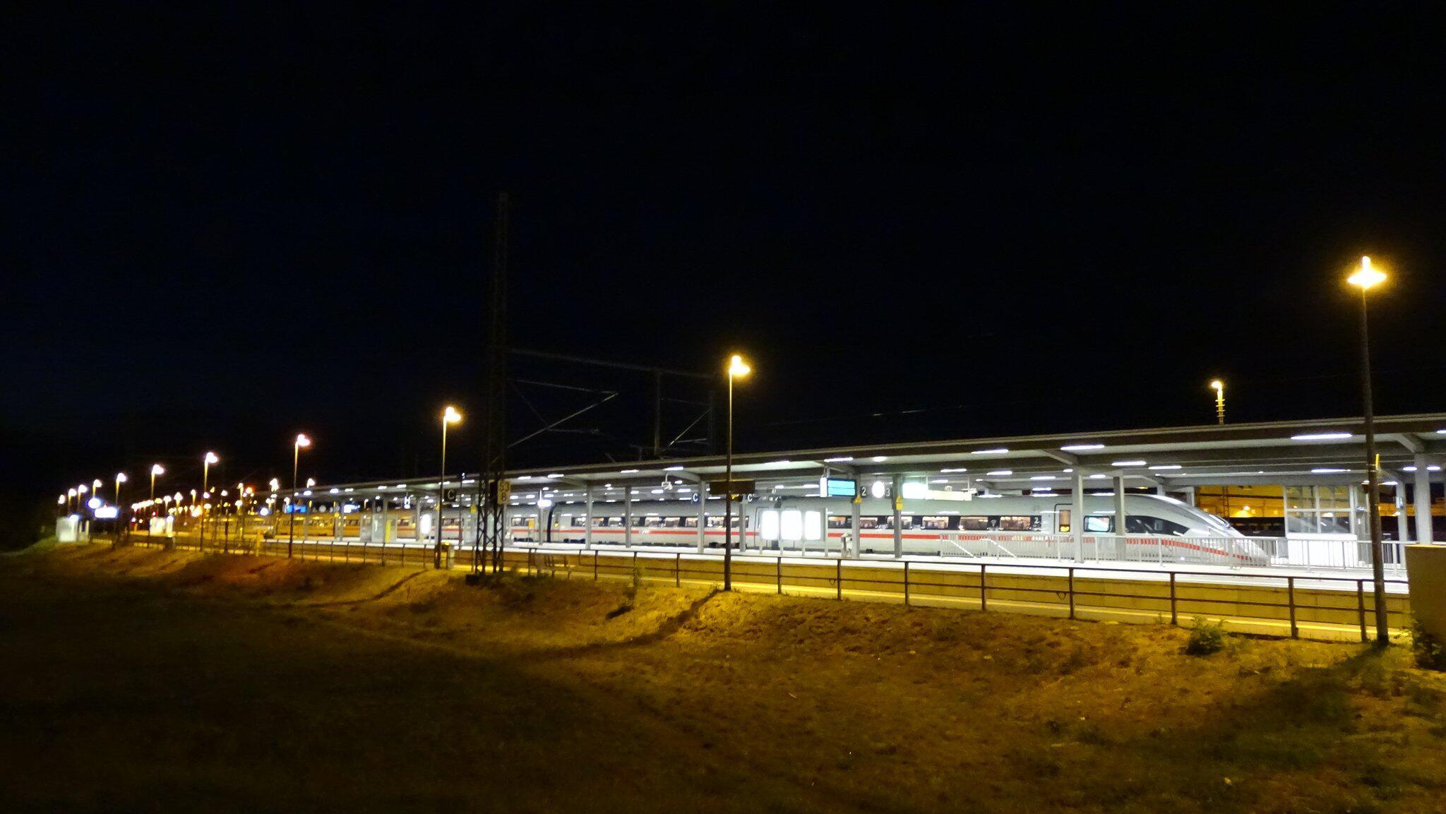 Bild zu ICE im Bahnhof Wittenberge geräumt