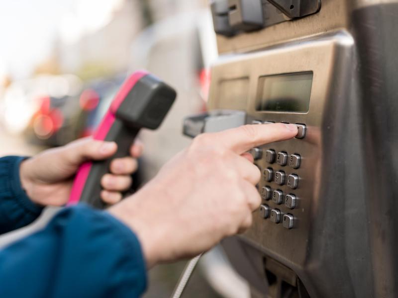 Bild zu Telefonieren mit Kreditkarte