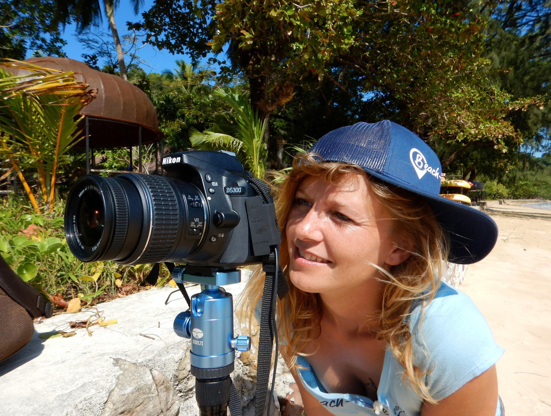 Bild zu Bei dem Job als Strandtesterin werden viele Fotos und Filme gemacht.