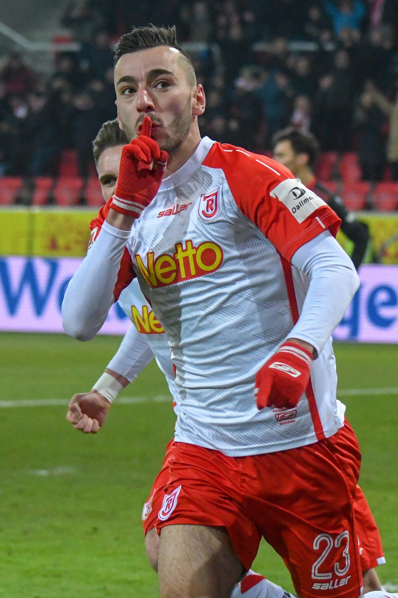 Bild zu Jahn Regensburg - Fortuna Düsseldorf