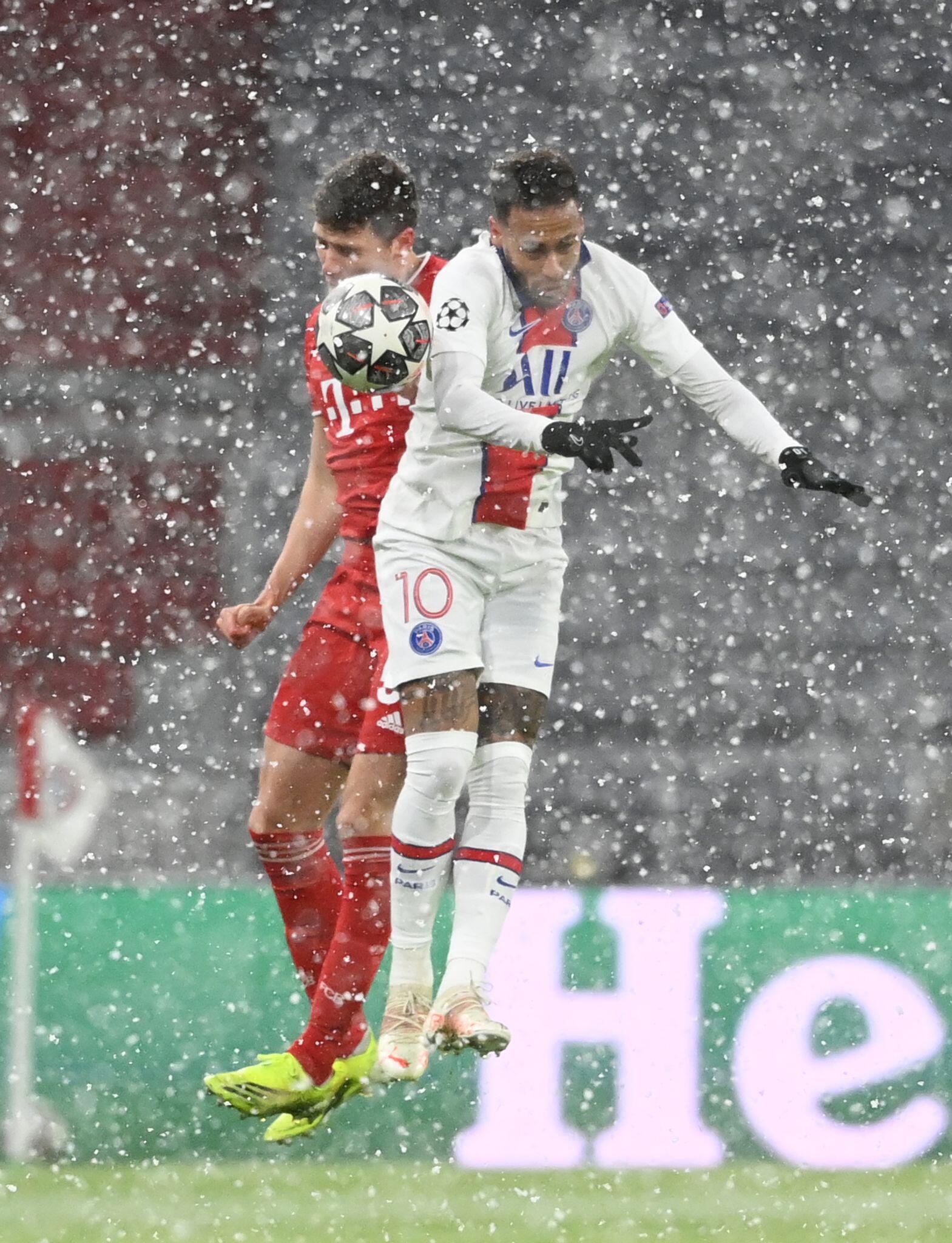 FC Bayern macht das Spiel - doch PSG trifft erneut
