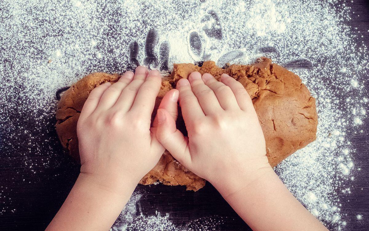 Bild zu Lebkuchen, backen, selbstgemacht, lecker, rezept, weihnachten, Klassiker
