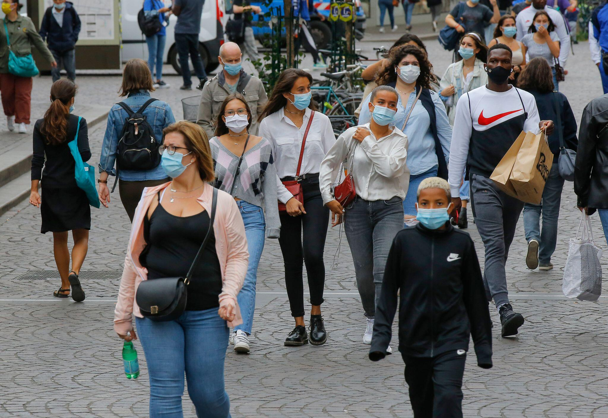 Corona-Situation in Frankreich verschärft sich | Brennpunkte