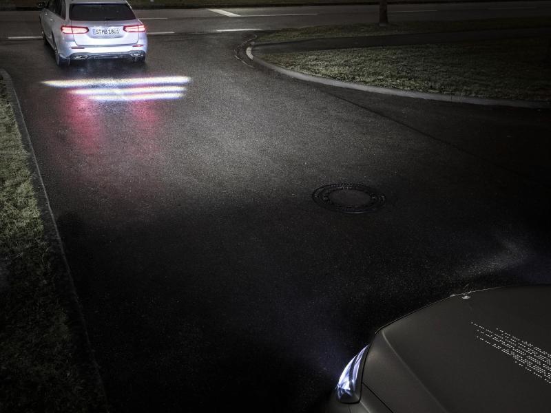 Bild zu Digital Light von Mercedes-Benz