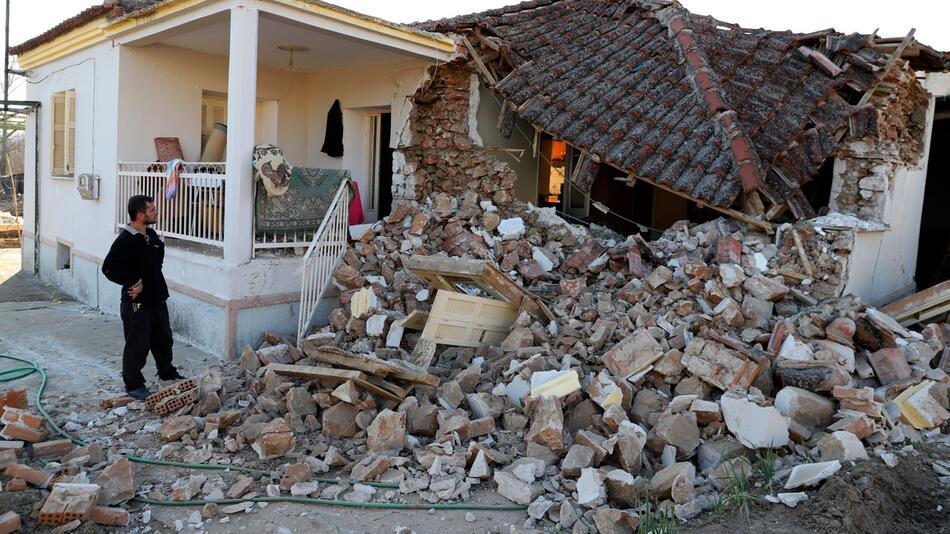 Starkes Erdbeben erschüttert Mittel- und Nordgriechenland