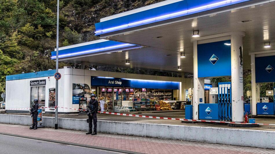 Tödlicher Angriff wegen Maskenstreits an Tankstelle