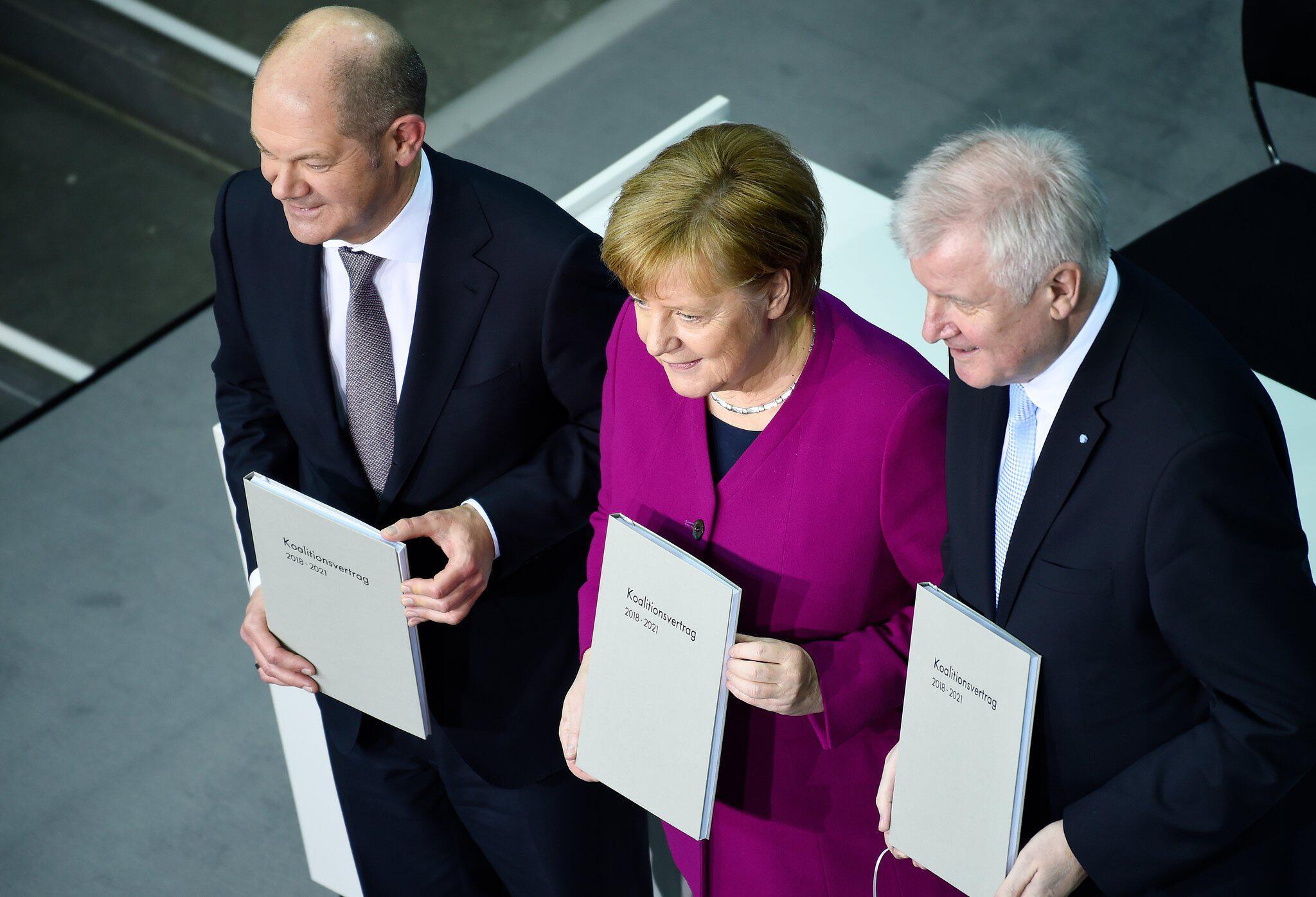 Bild zu Unterzeichnung des Koalitionsvertrages