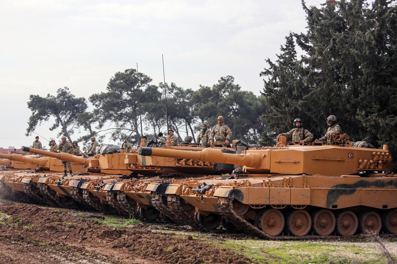 Bild zu Sigmar Gabriel, Leopard 2A6