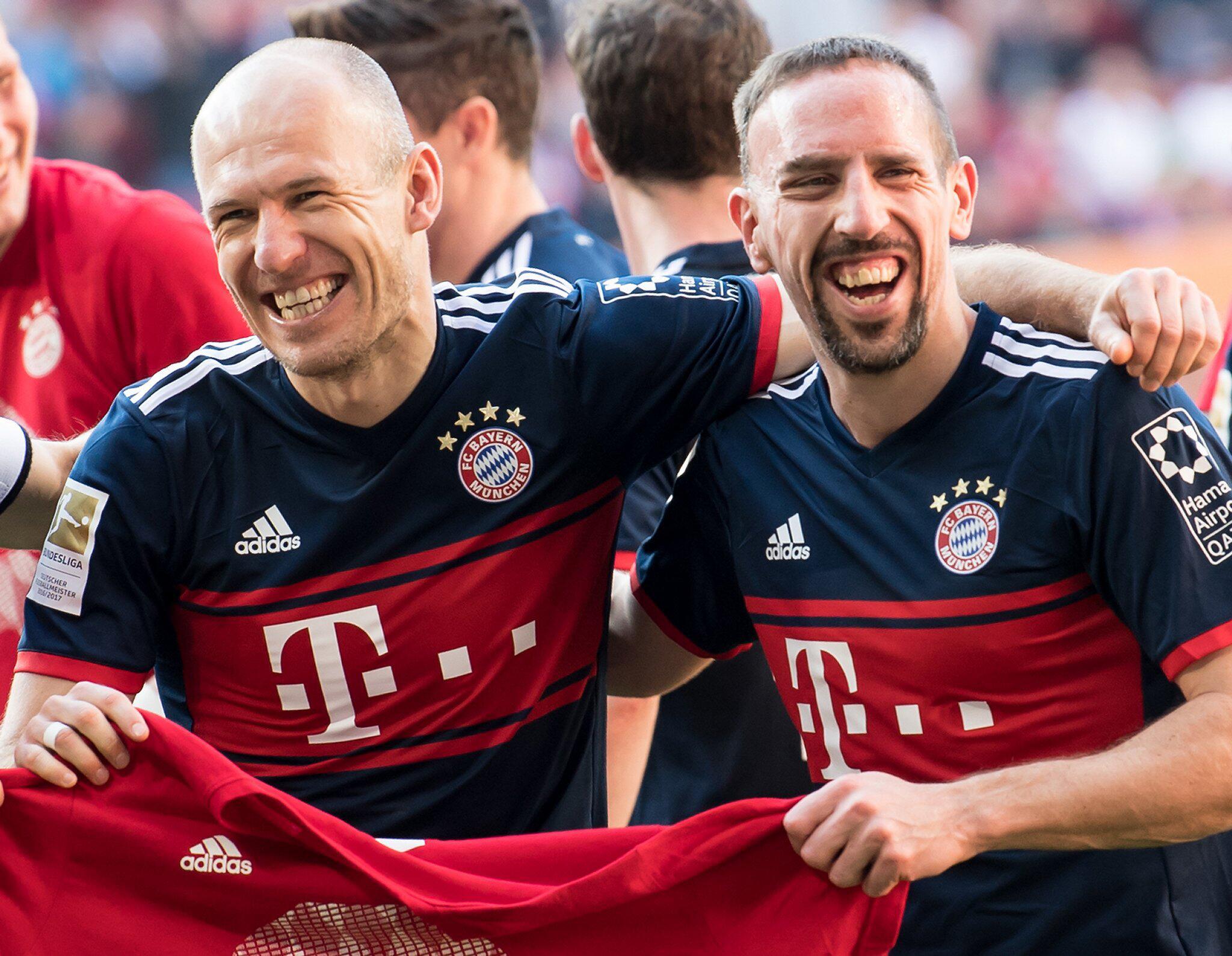Bild zu Arjen Robben und Frank Ribéry
