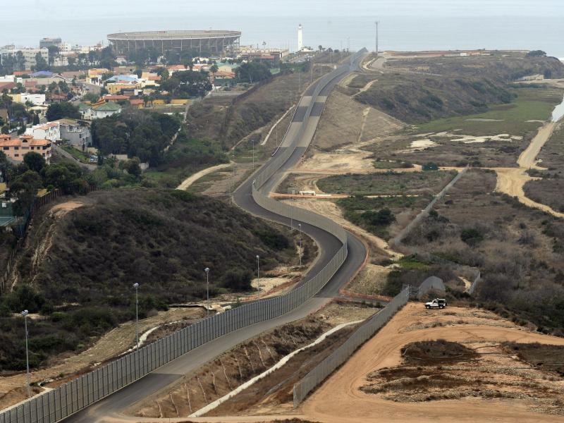 Bild zu Grenze zwischen Mexiko und Kalifornien