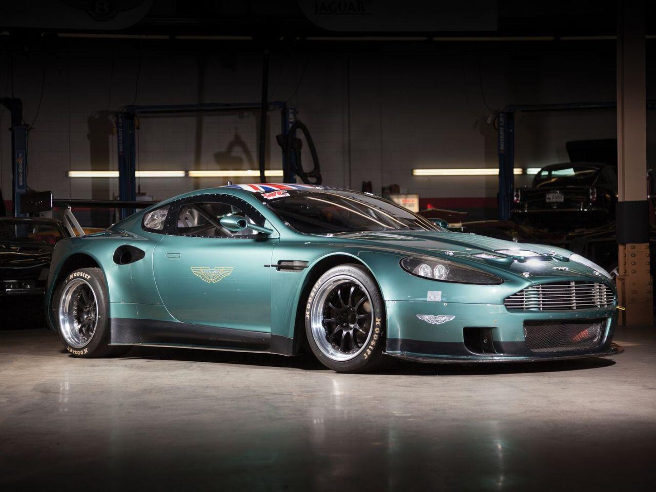 Bild zu Aston Martin DBRS9