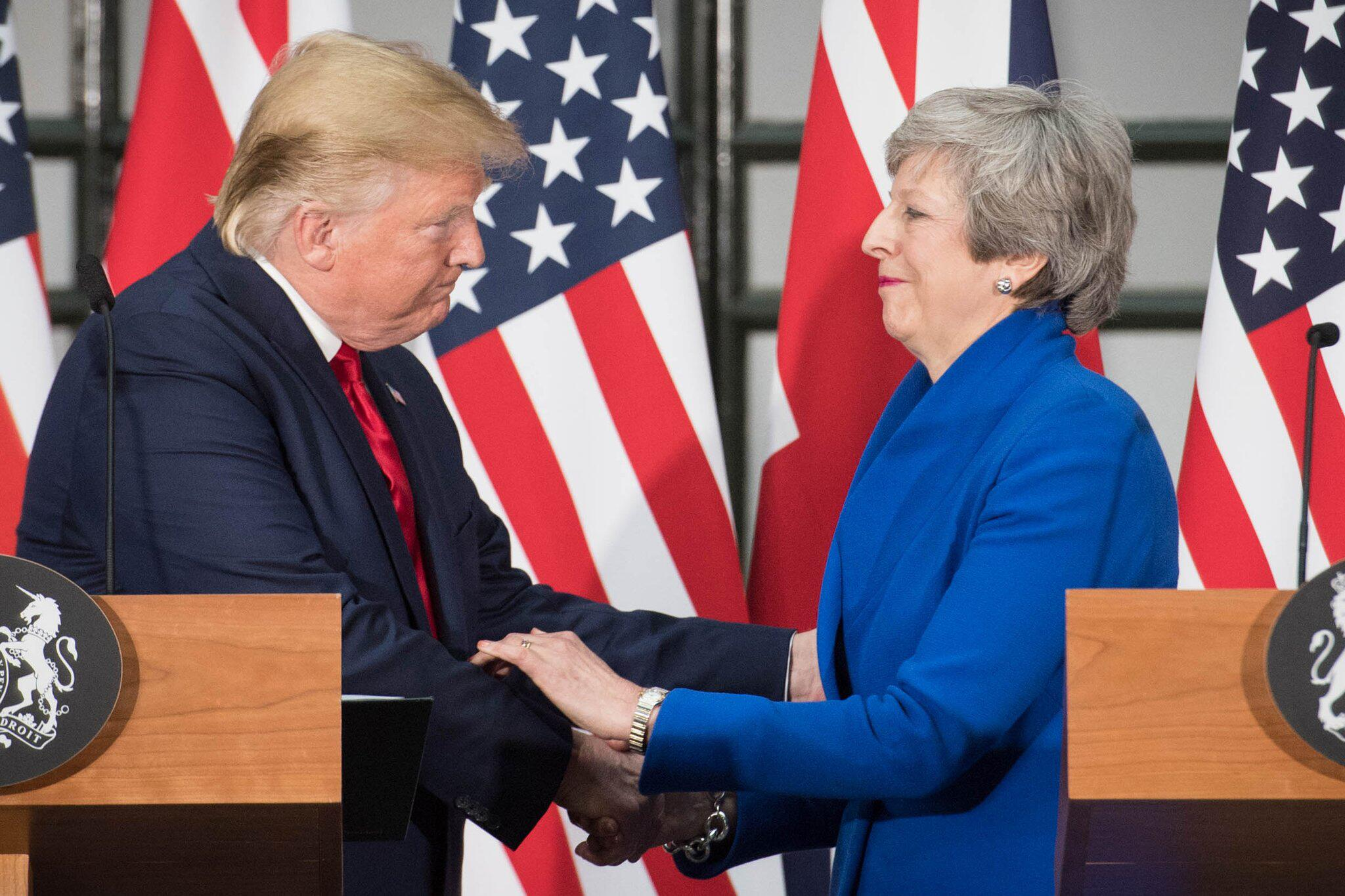 Bild zu US-Präsident Trump besucht Großbritannien - May