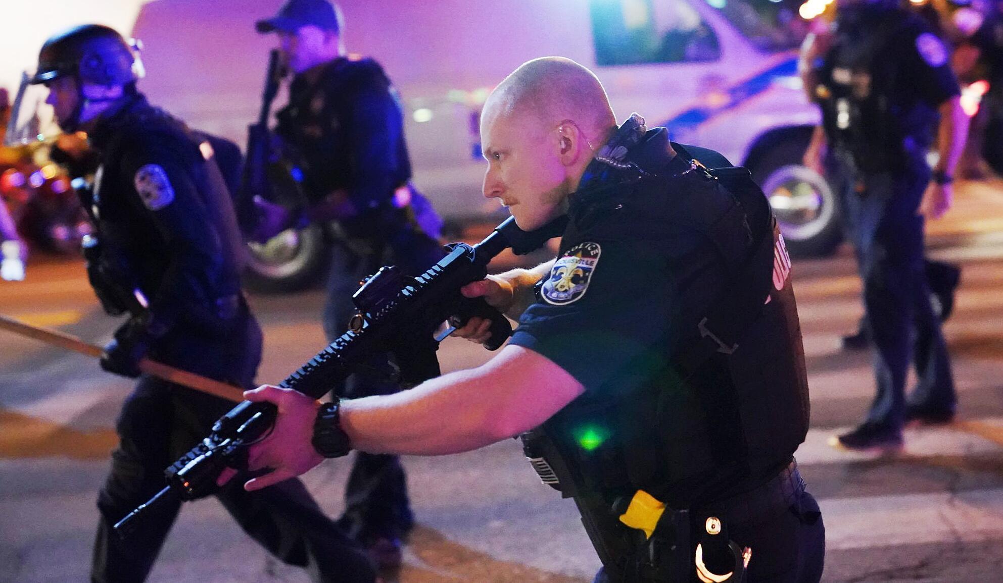 Fall Breonna Taylor: Polizisten bei Ausschreitungen in Louisville angeschossen